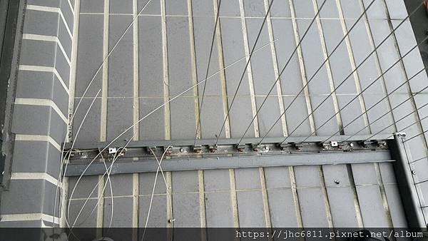 隱形鐵窗劣質品照片 (1).jpg