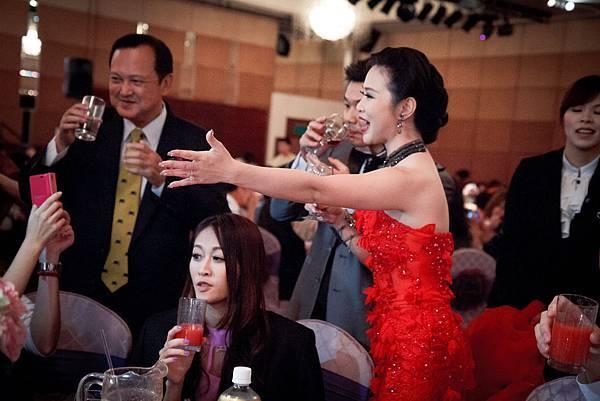 20131115毅峰&蘇珊 結婚-184.jpg