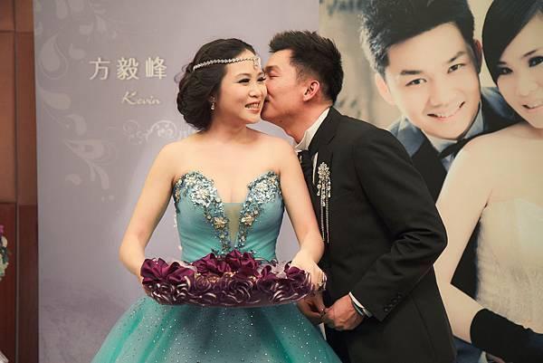 20131115毅峰&蘇珊 結婚-195.jpg