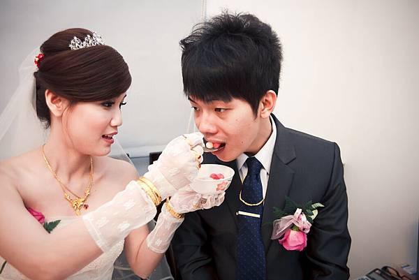 20140110 宸愇與姵妤 結婚-42.jpg