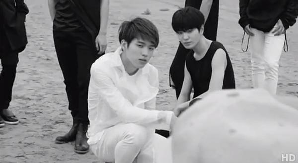 INFINITE-Back-Naver-概念照BTS-05.PNG