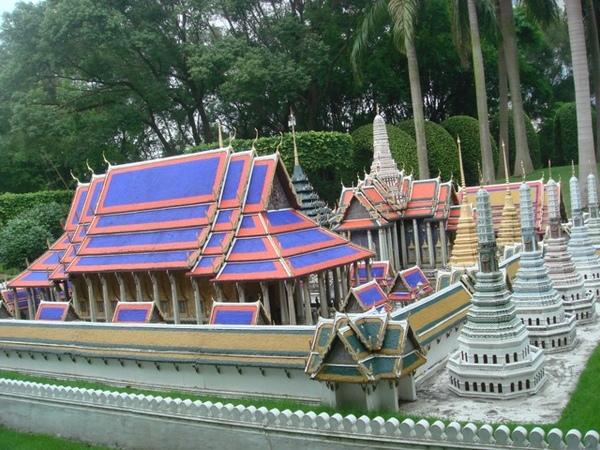 泰国的泰王宫