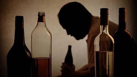醉拳打死人 法官:長期酗酒自己造成 不能減刑