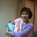 出生第3天,媽媽和弟弟