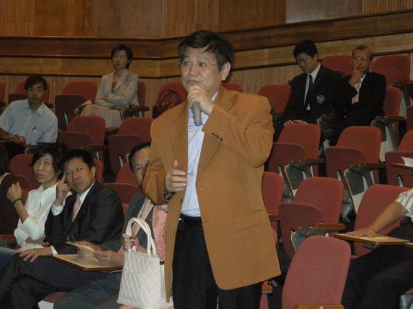 20081030-第177次移動例會-職業講座-010.JPG