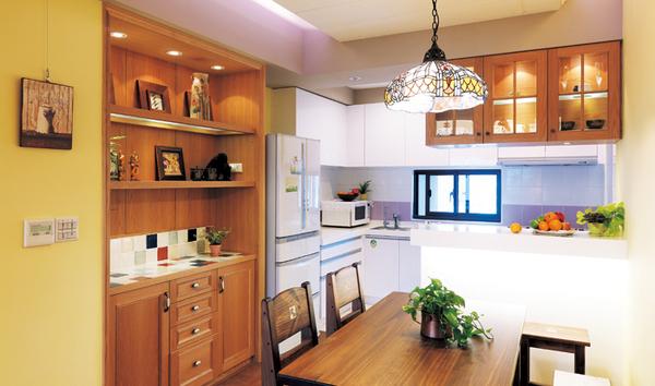 覲得-開放式廚房及吧台.jpg