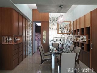 覲得-收纳展示兼具的餐具收納櫃2