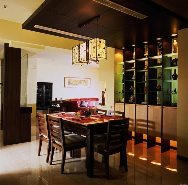 覲得-展示用餐具櫃2