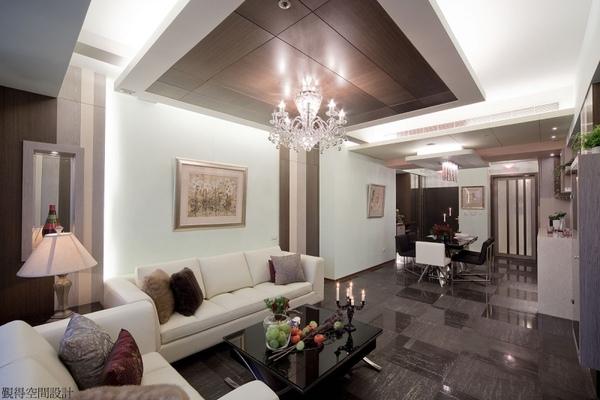 覲得-現代華麗的客廳.jpg
