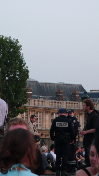 巴黎警察.jpg