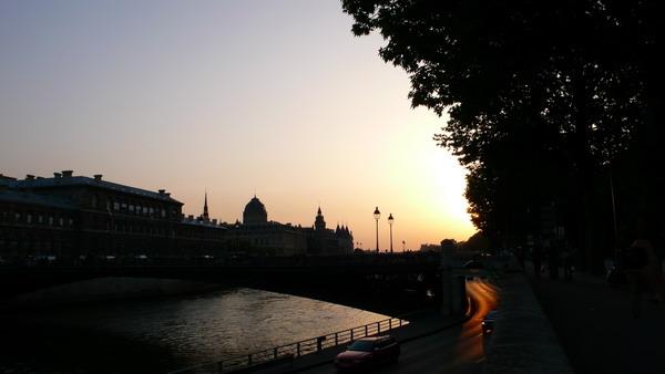 河畔夕照.jpg