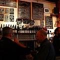 巴黎的酒吧.jpg