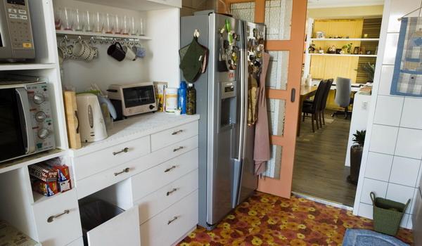 覲得,廚房,餐具櫃.jpg