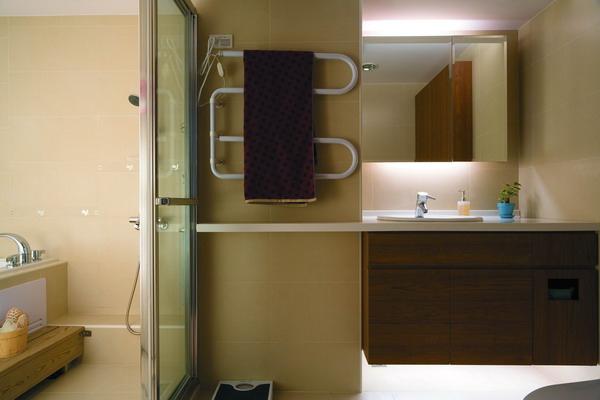 覲得-收納浴櫃.jpg