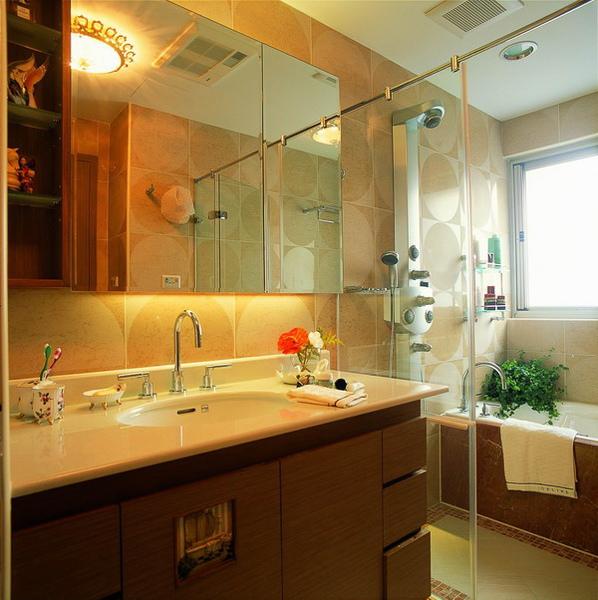 覲得-浴室鏡櫃.jpg
