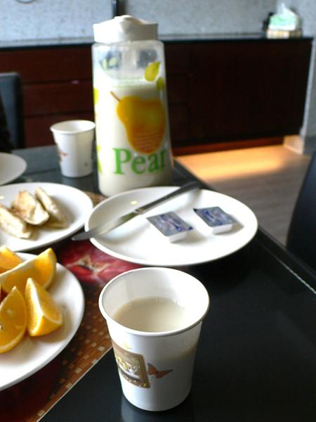 早餐還有民宿主人自己煮的豆漿