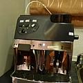 一個指頭就能操作的咖啡機