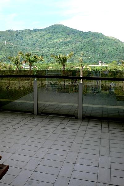 二樓的房間才有這個陽台
