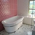 芭比風的浴很夢幻屋