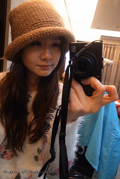 Hatstand024.jpg