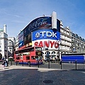 1024px-Piccadilly_Circus_Panorama_-_April_2007