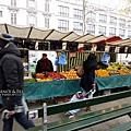 巴士底市集_買番茄的攤子