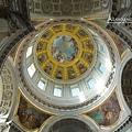 內部圓頂鍍金雕飾