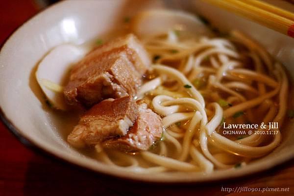 首里麵_入口即化的肉