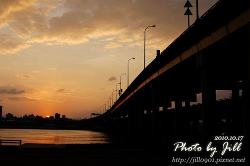 橋邊夕陽.jpg
