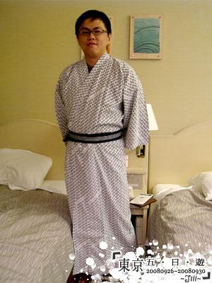 房間都有浴袍可以穿喔
