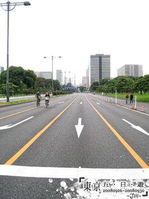 在熱鬧的東京內這邊顯得特別的寧靜喔