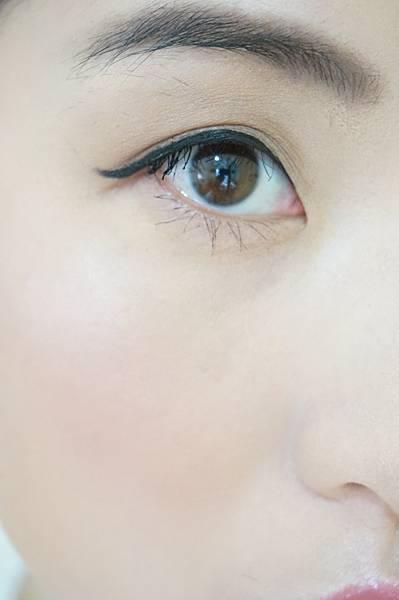 下睫毛增長01.JPG