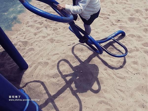playground_littlehorse2.jpg