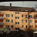 從我房間看出去的另一棟房子