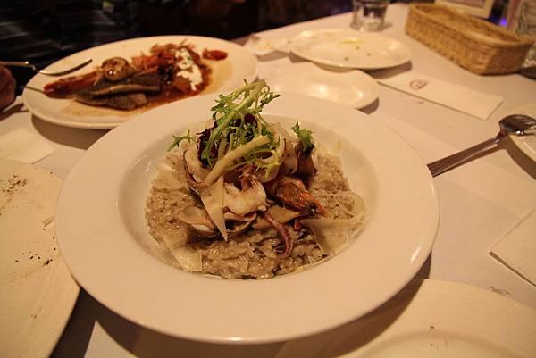 松露野菇海鮮燉飯