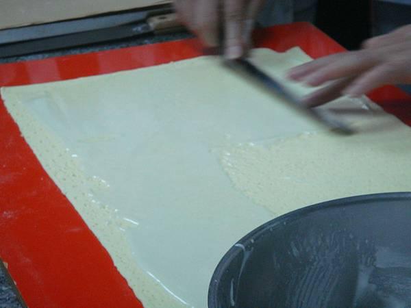 杏仁酥刷蛋白糖