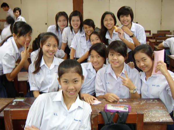 泰國高中女生