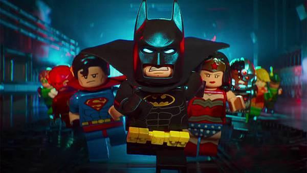 the_lego_batman_movie_-_batcave_teaser_trailer_screen_shot_-h_2016.jpg