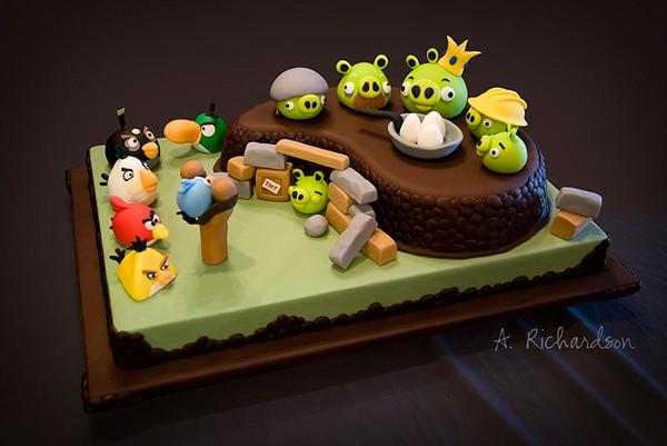 angrybirds-cakes.jpg