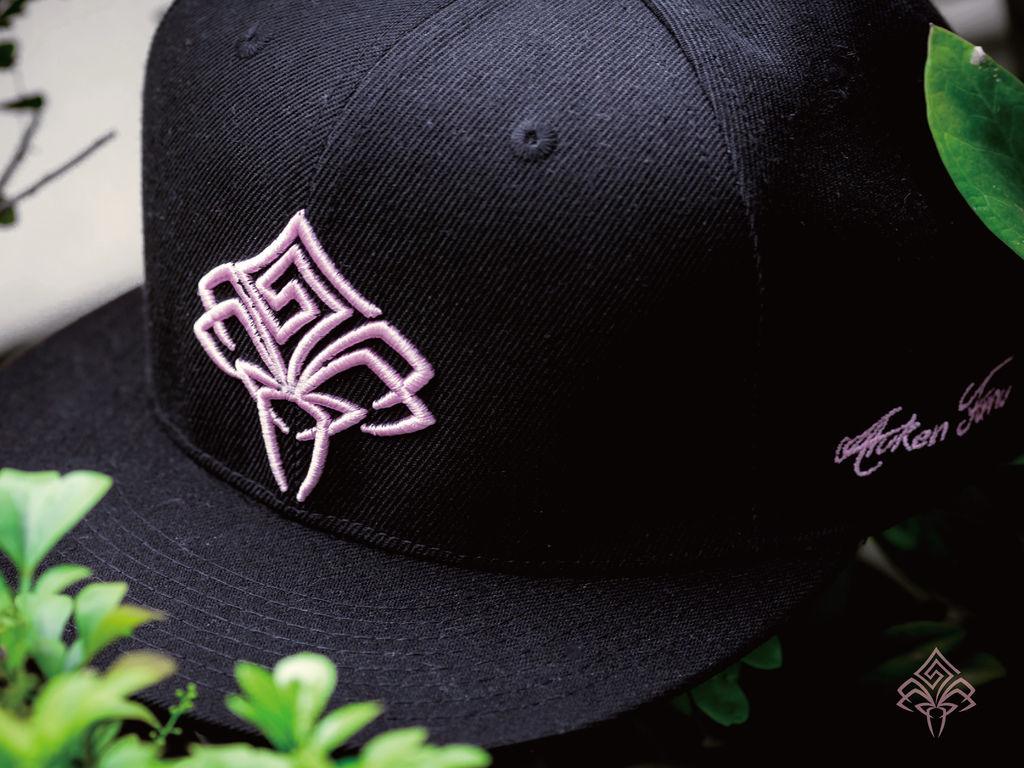 粉紅色豪帽單拍-02.jpg