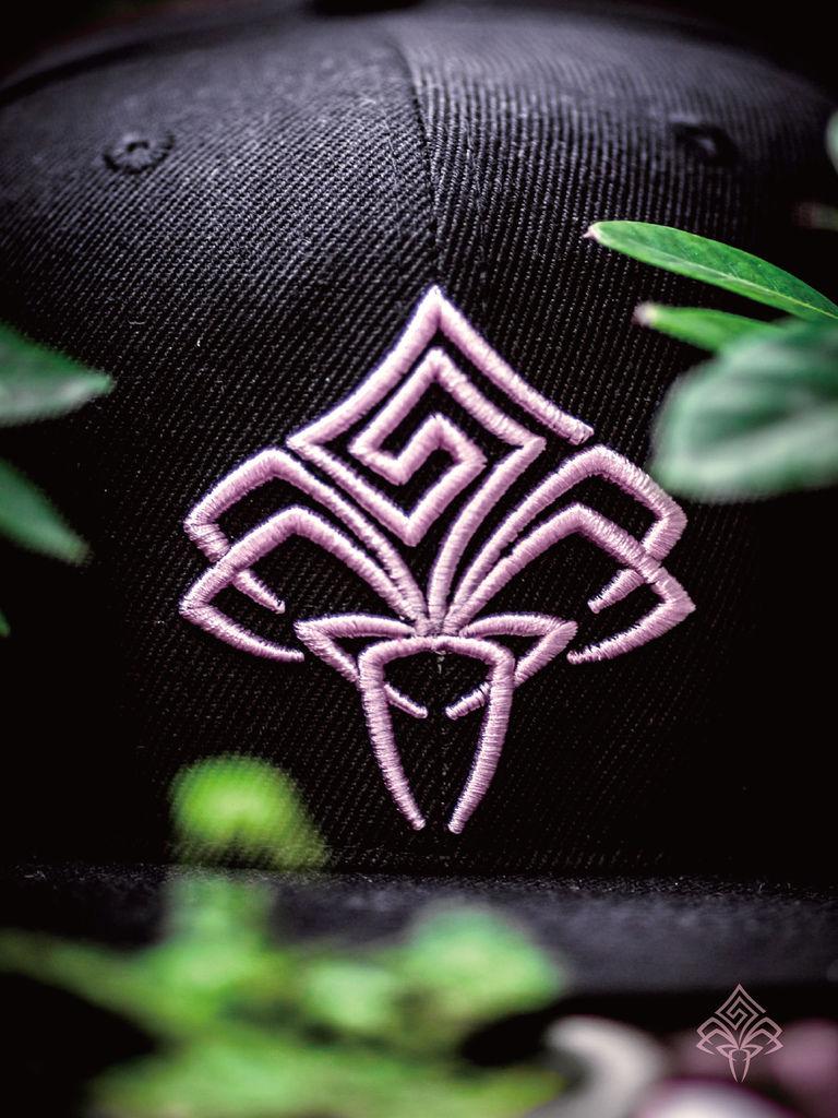 粉紅色豪帽單拍-01.jpg
