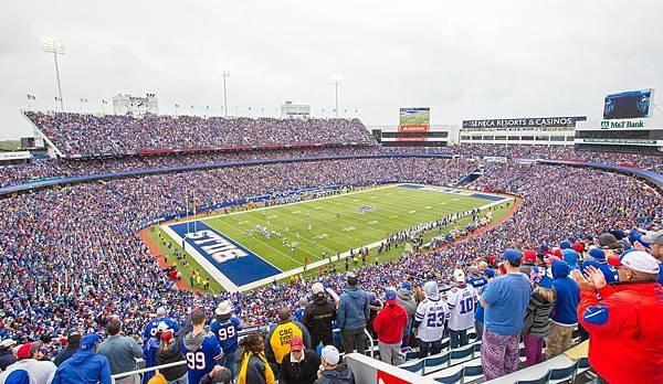 Ralph Wilson Stadium (1).jpg