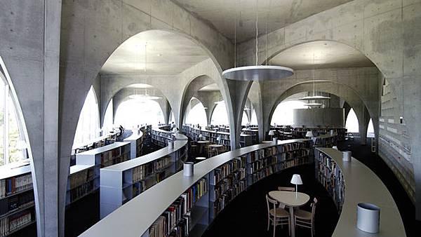 I多摩美術大學圖書館3.jpg