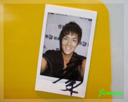 Kenji簽名照.jpg