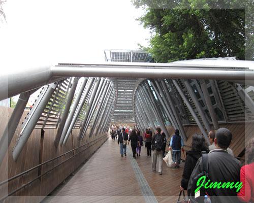 園區內某座橋.jpg