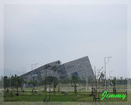 遠拍蘭陽博物館.jpg