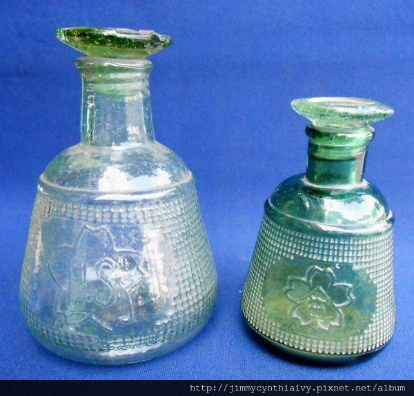 玻璃醬油瓶(櫻花商標)大、小 (P040419).jpg