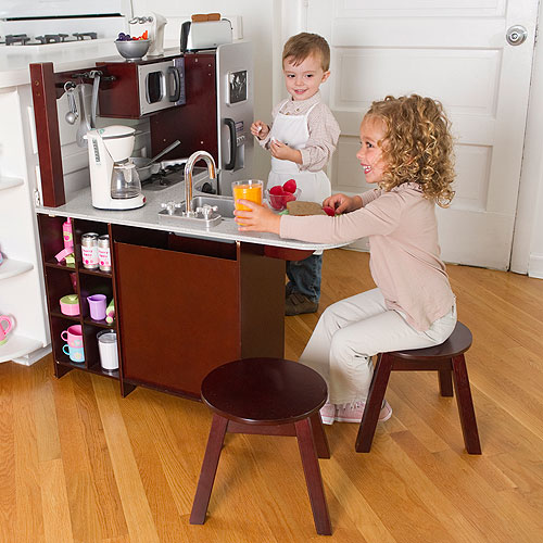 toy_kitchen_01.jpg