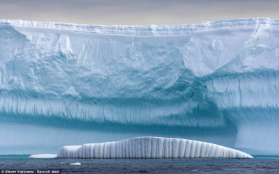 iceberg02_m.jpg