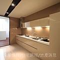 瑞騰建設「青川之上」28樣品屋廚房.JPG